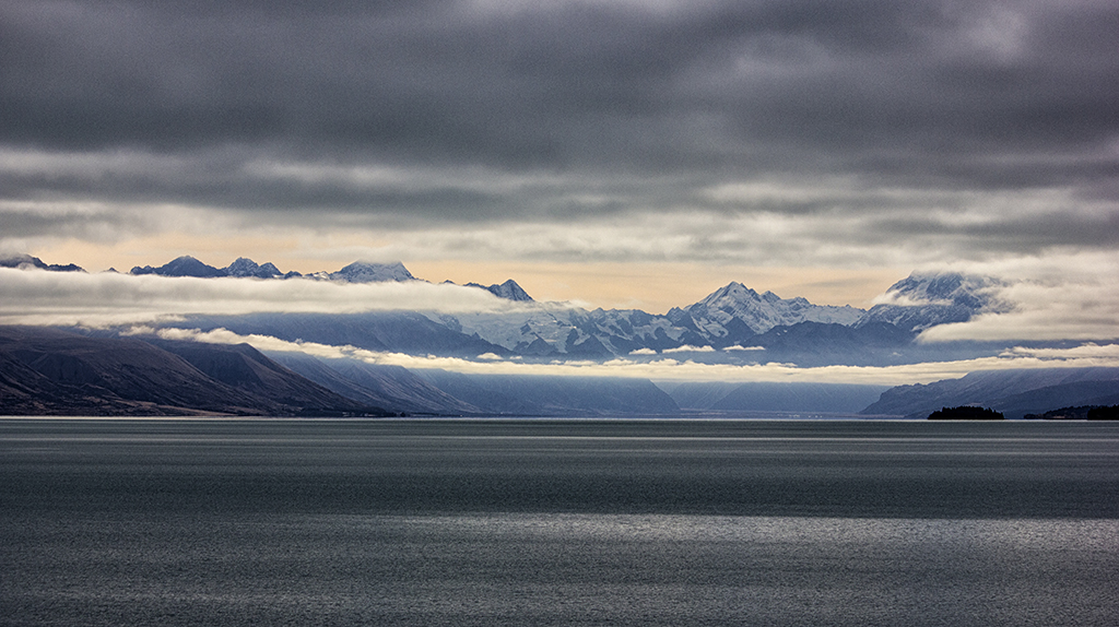 Lake Pukaki with dissappearing Mt Cook