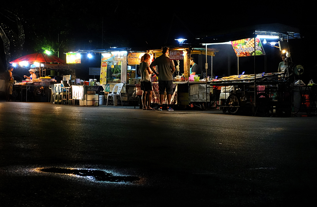 local-nightmarket-on-the-river-of-krabi